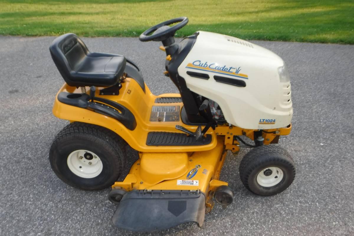 Replaces Cub Cadet LT1024 13AR11CP710 Lawn Tractor Carburetor
