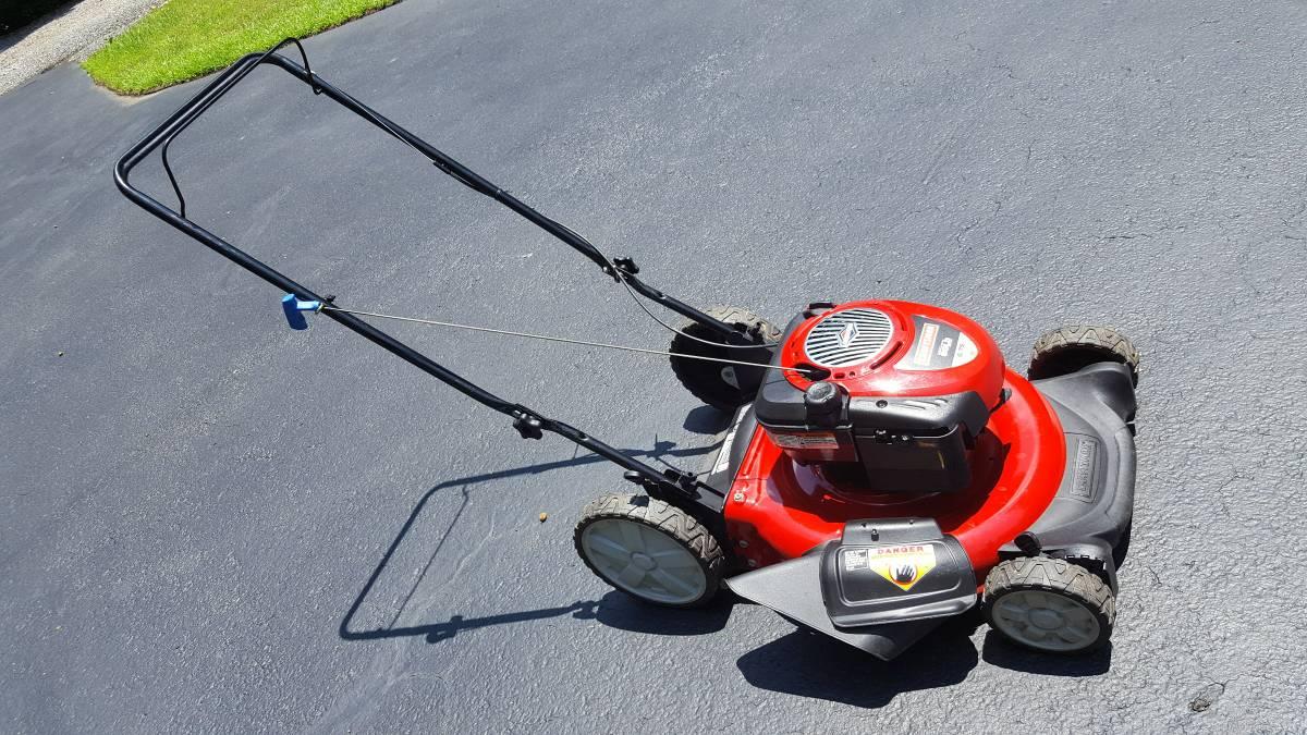 how to clean carburetor on craftsman lawn mower