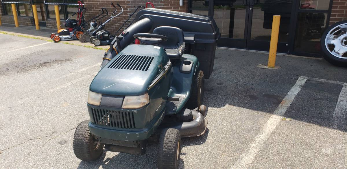 Craftsman Riding Lawn Mower furthermore  further C L Zt Tzwrpdw   L Imgref further  besides Deweze Atm. on jacobsen mower replacement parts