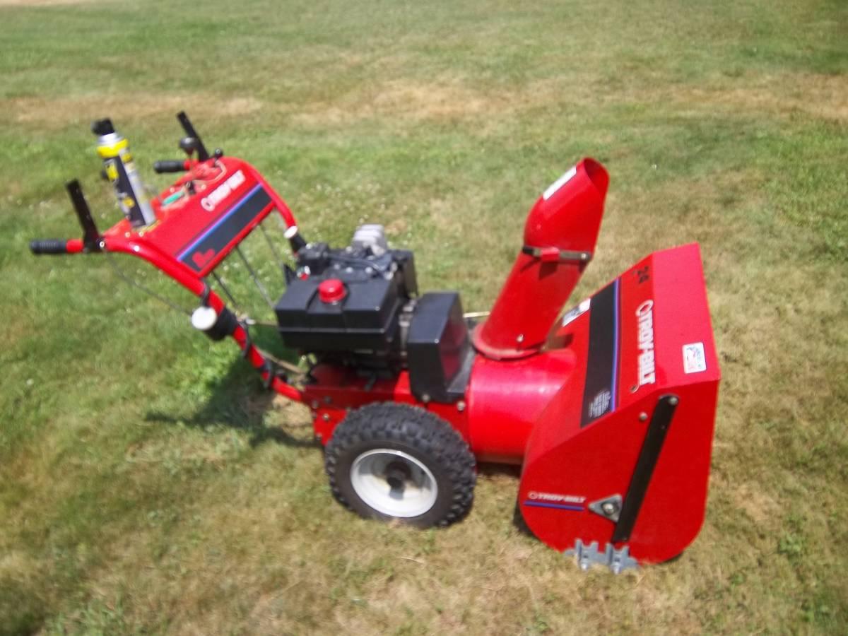 Replaces Troy Bilt Model 42010 Snow Blower Carburetor
